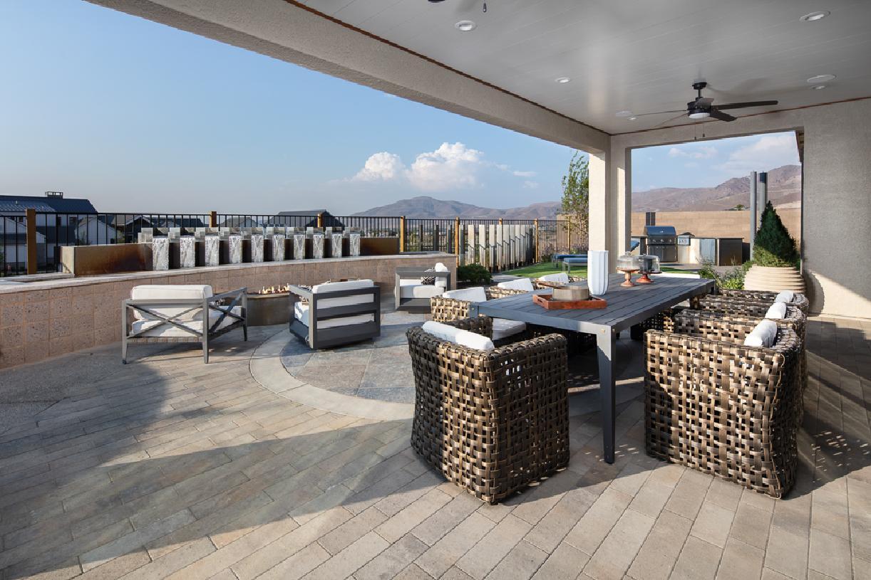 Windsong patio