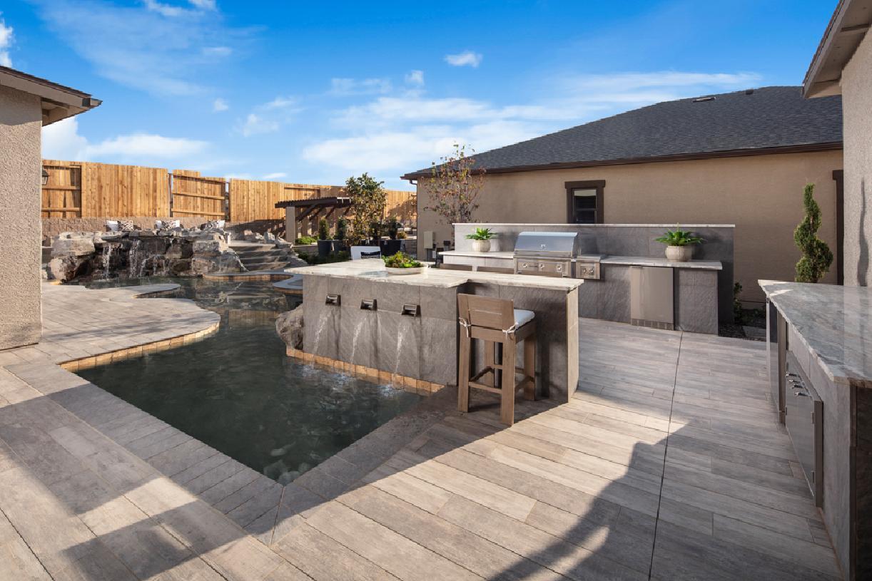 Yardley Elite backyard
