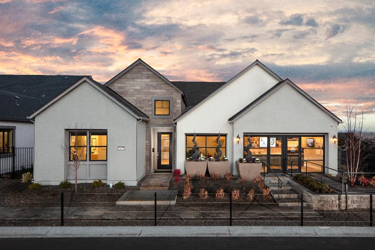 Sarona -  Modern Ranch