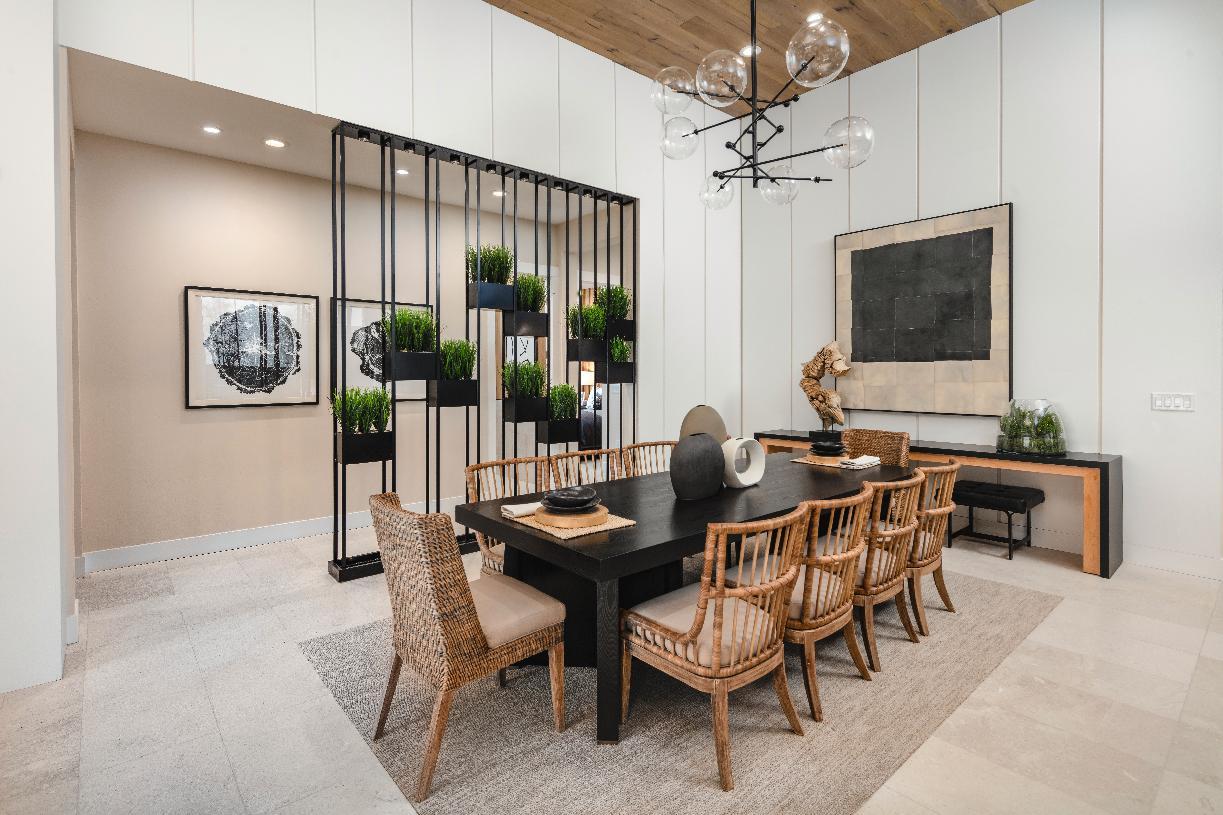 Sarona dining room