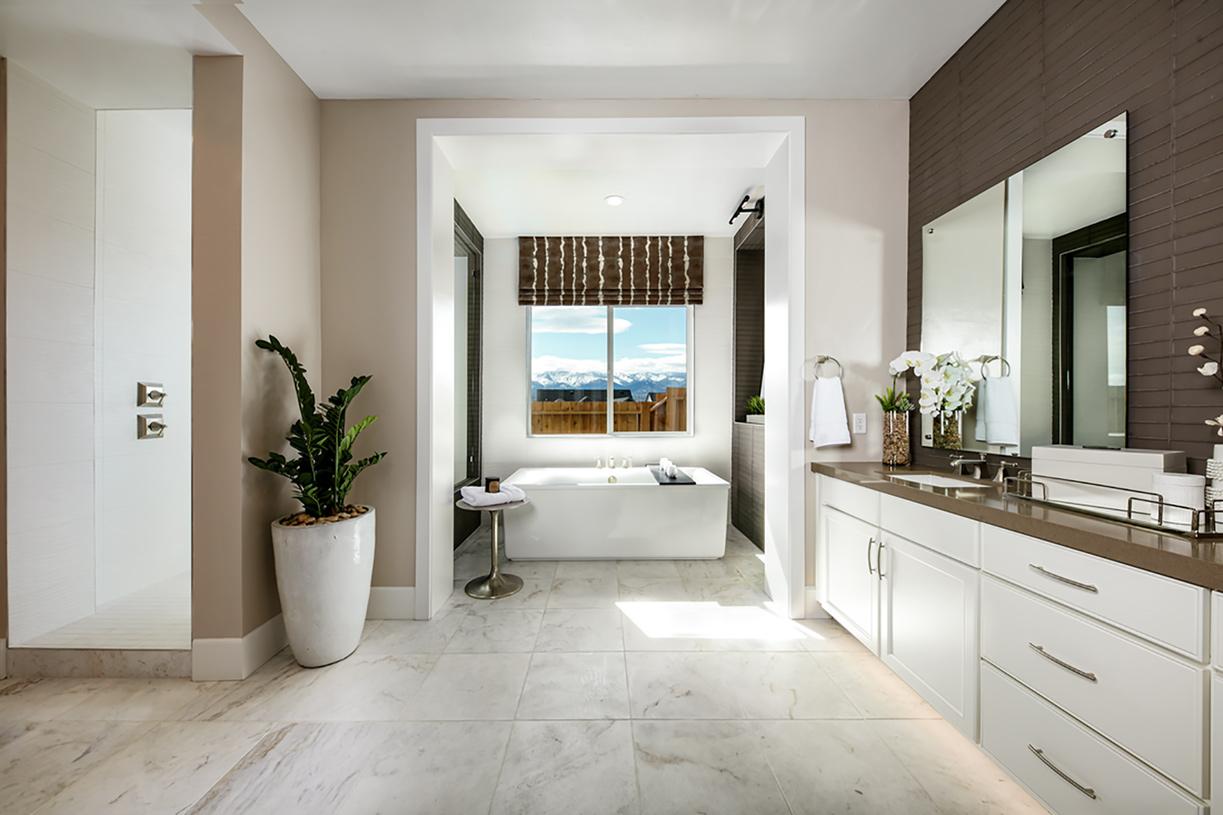 Stratford luxurious primary bathroom