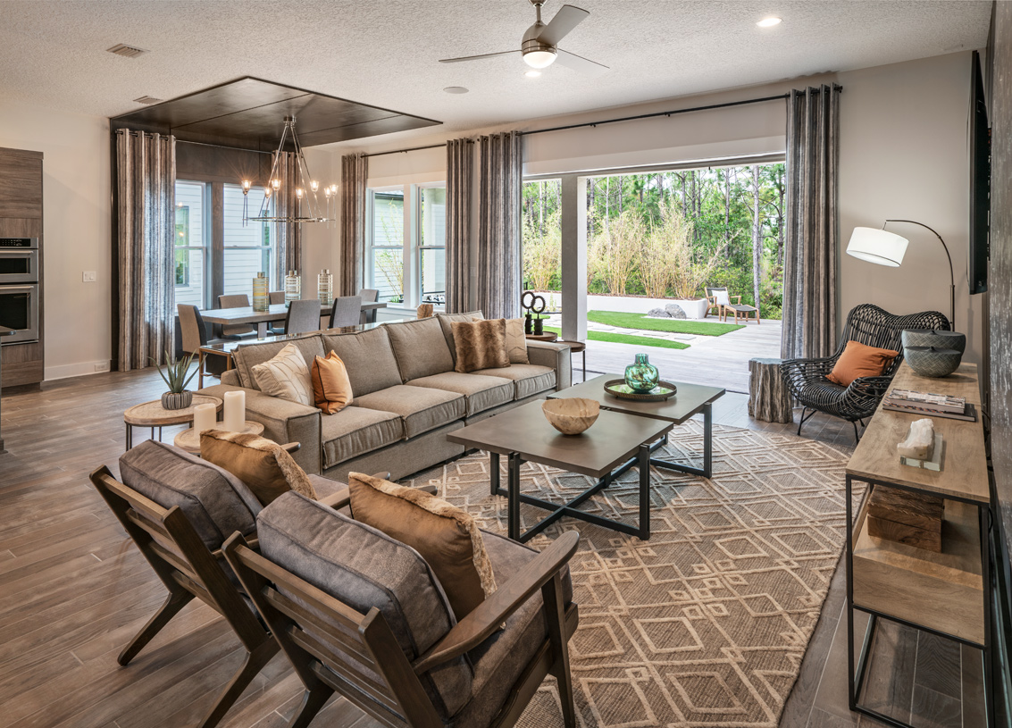 Direct access to outdoor living