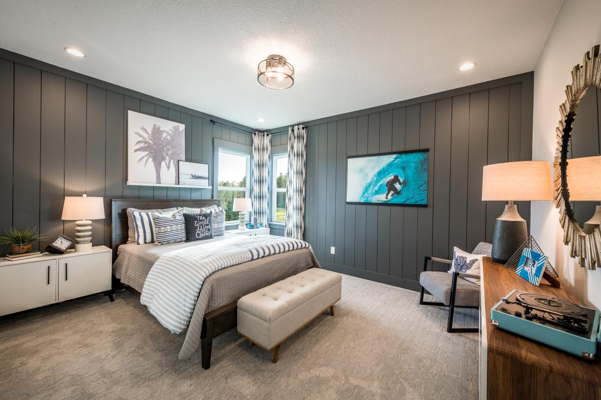 Large secondary bedrooms with walk-in closets