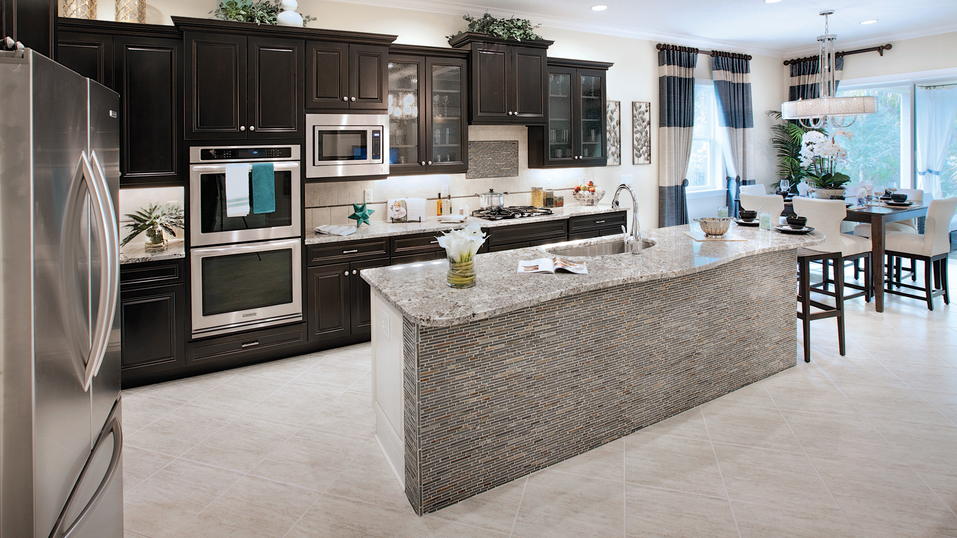Gourmet kitchens with large islands