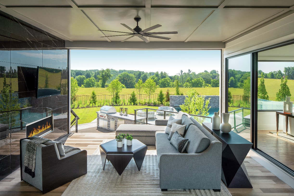 Warhol luxury outdoor living space