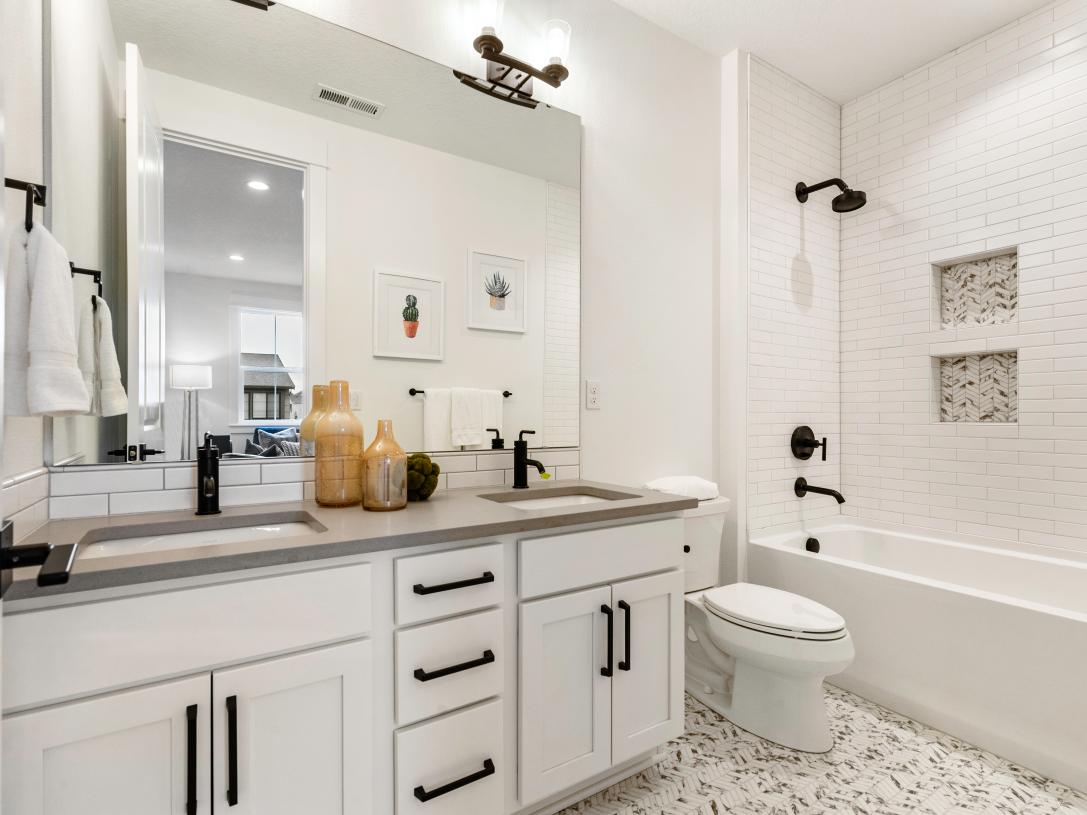 Secondary bath with dual-sink vanity
