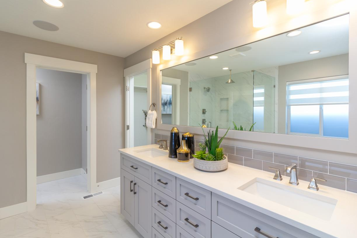 Appealing primary bath