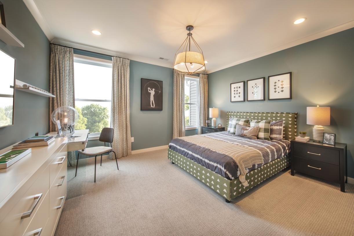 Secondary bedrooms share a full hall bath