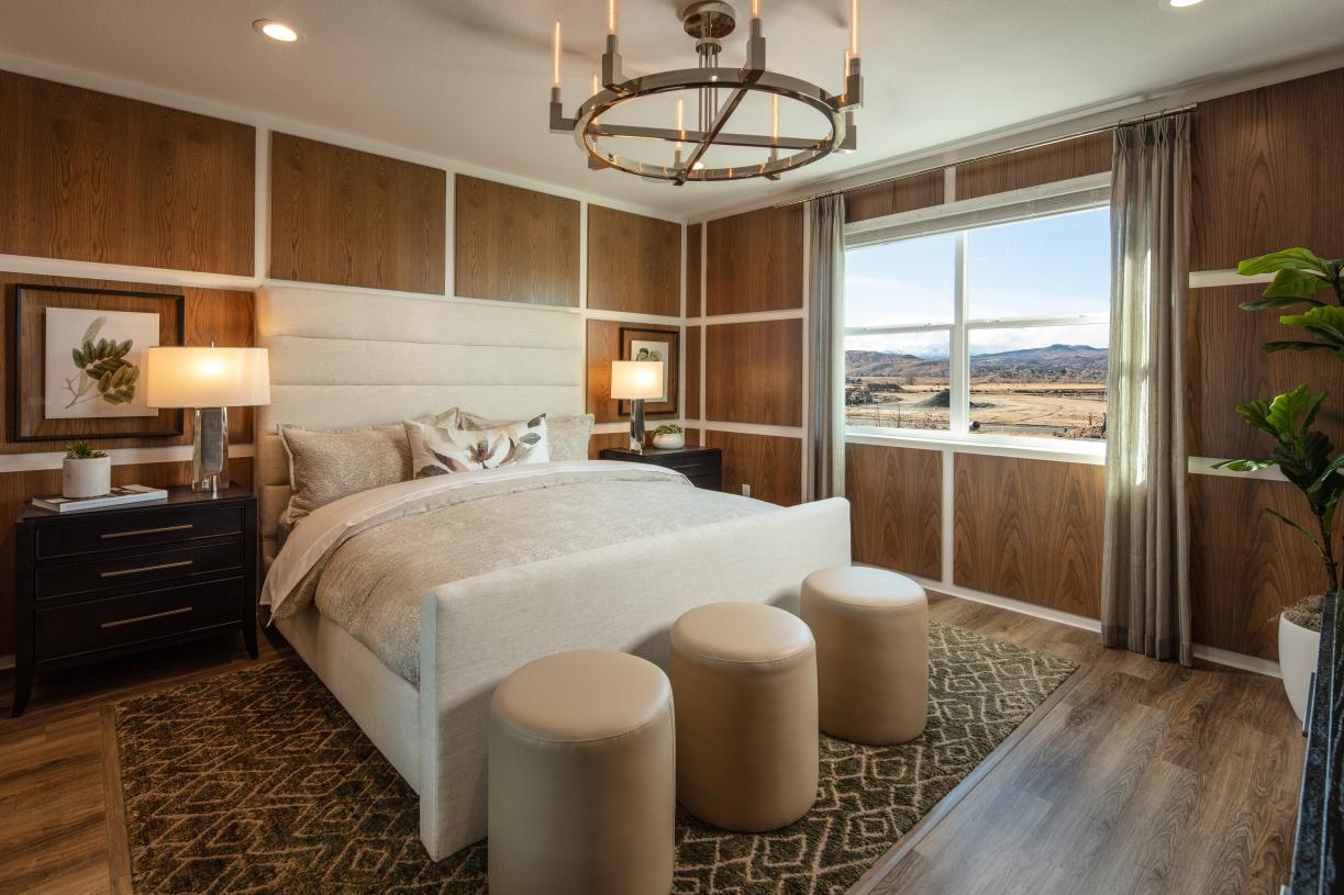 Marquis primary bedroom