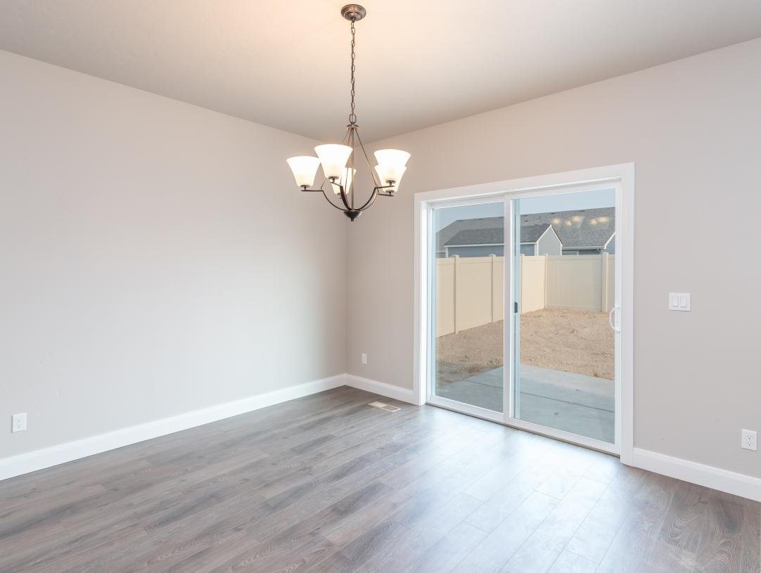 Separate dining area close to patio