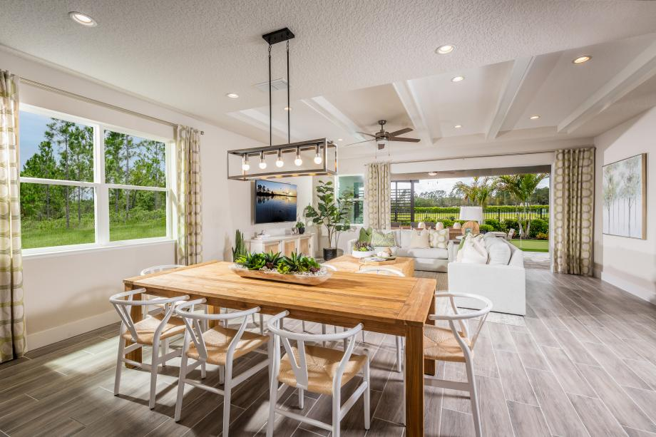 Toll Brothers - The Oaks at Kelly Park Photo