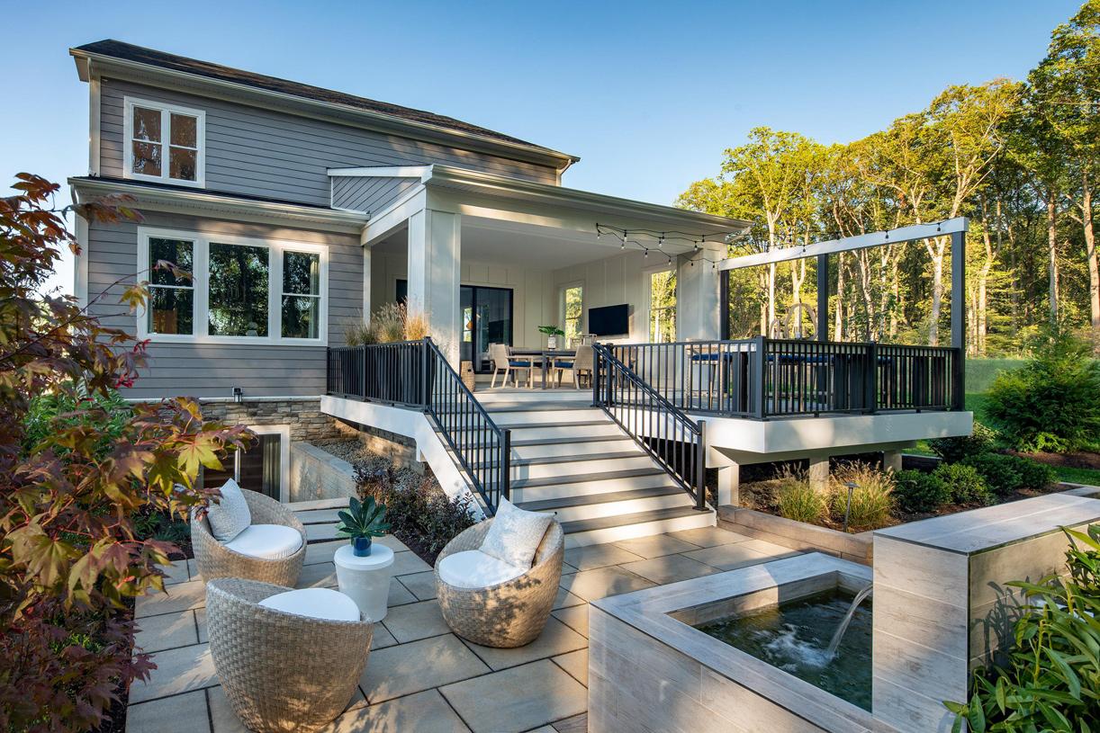 Rockledge outdoor living area
