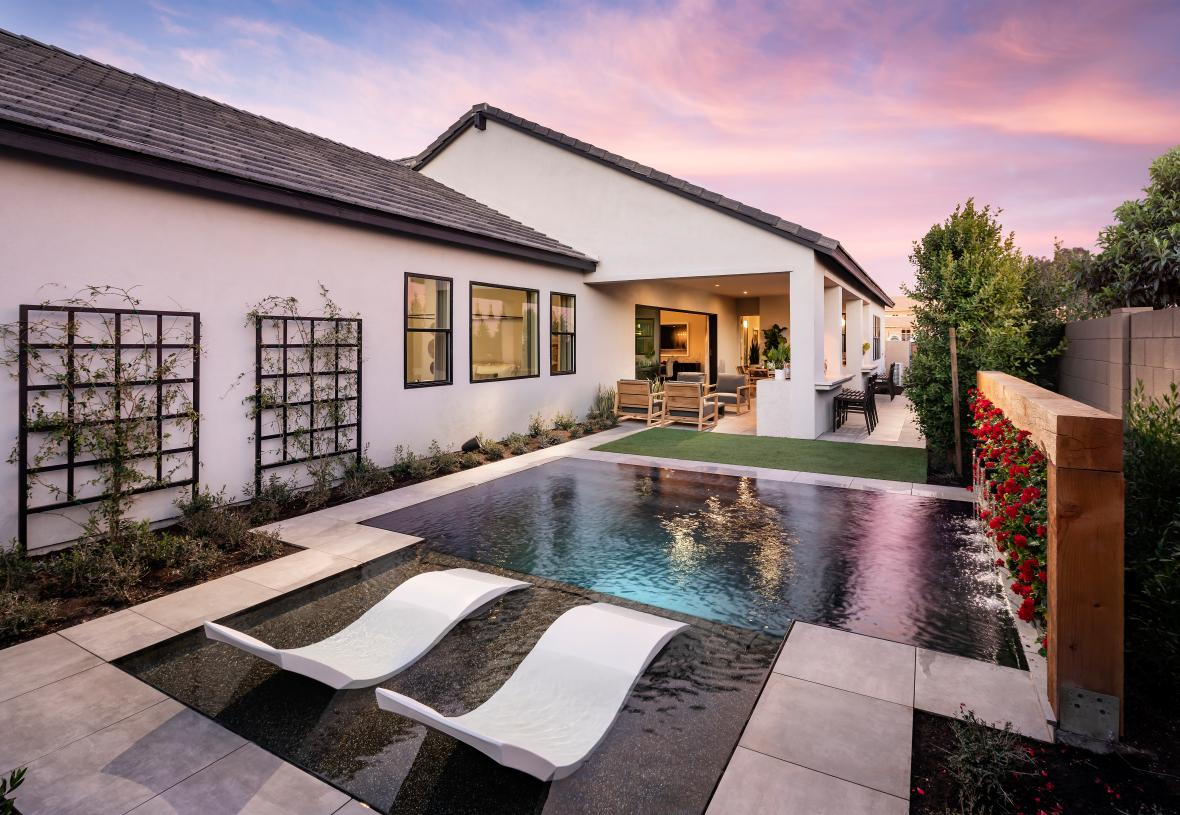 6,400+ square-foot home sites provide ample space for indoor/outdoor living