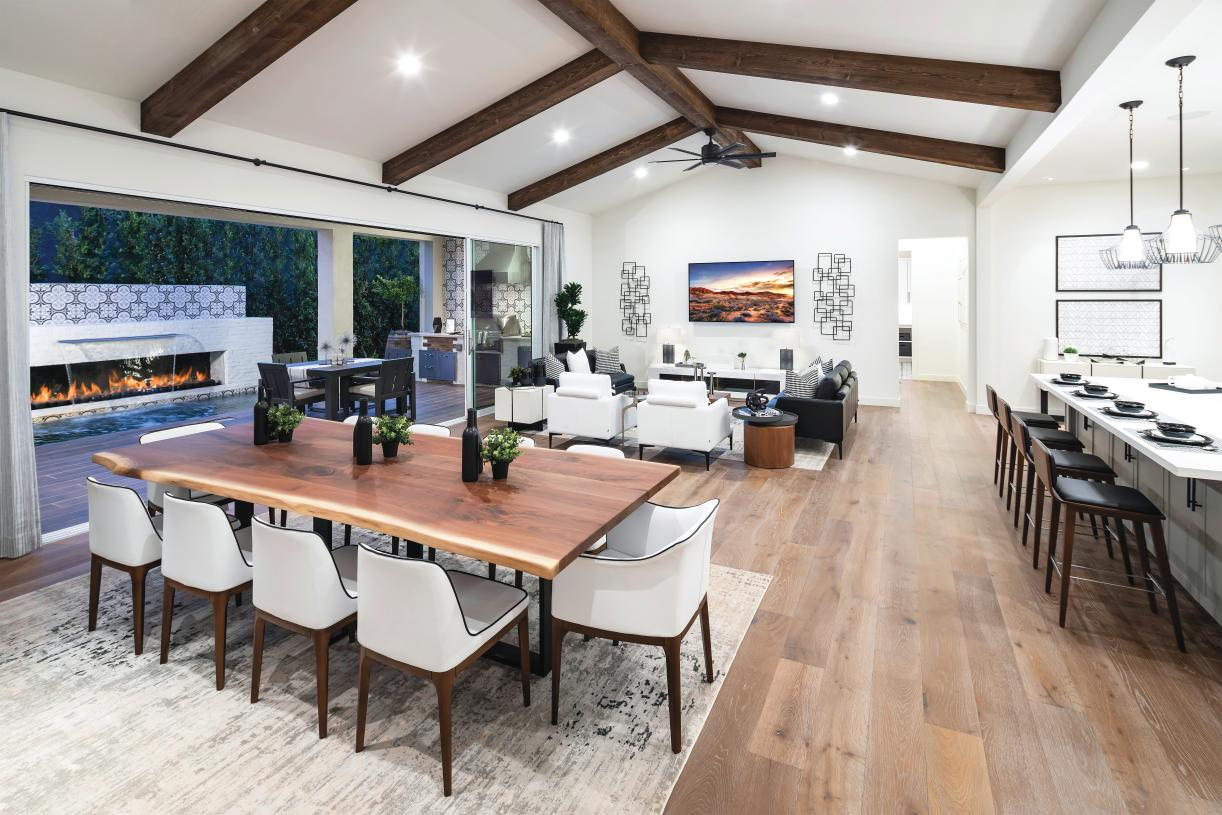 Single-level home designs with open floor plans perfect for entertaining