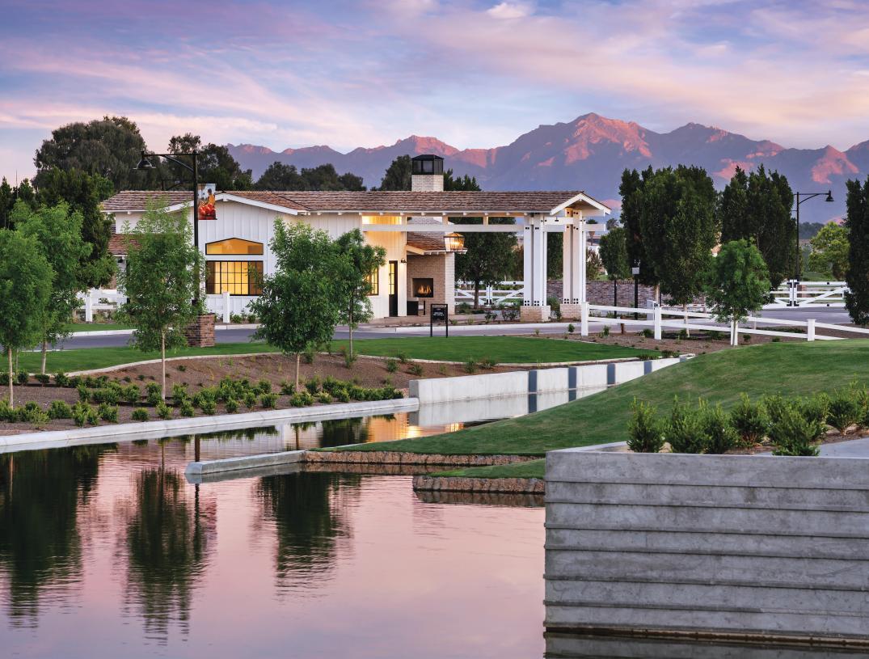 Staff-gated master plan community with beautiful mountain views