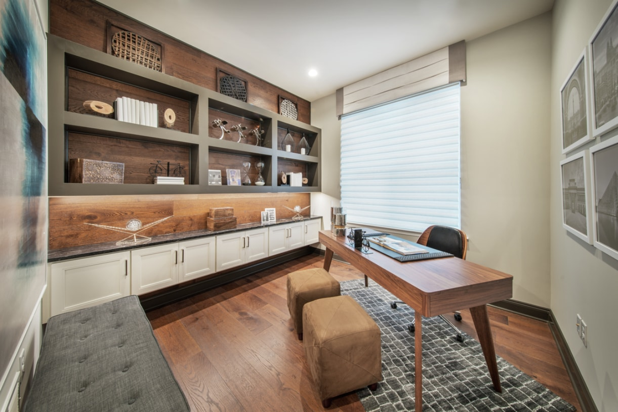 Private office great for hobbies or working from home