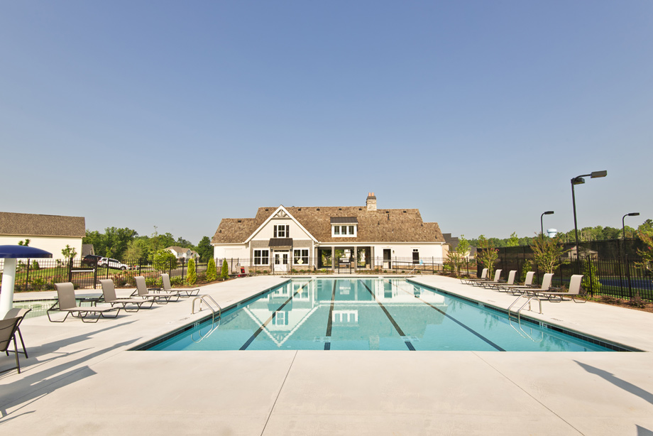 LakeHaven pool