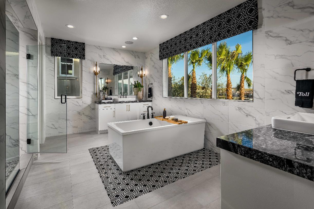 Luxurious primary bathroom options