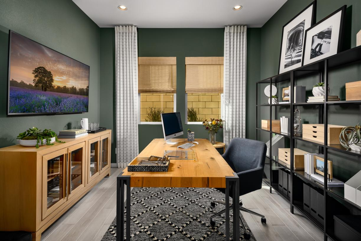Secluded flex space can be used for an office