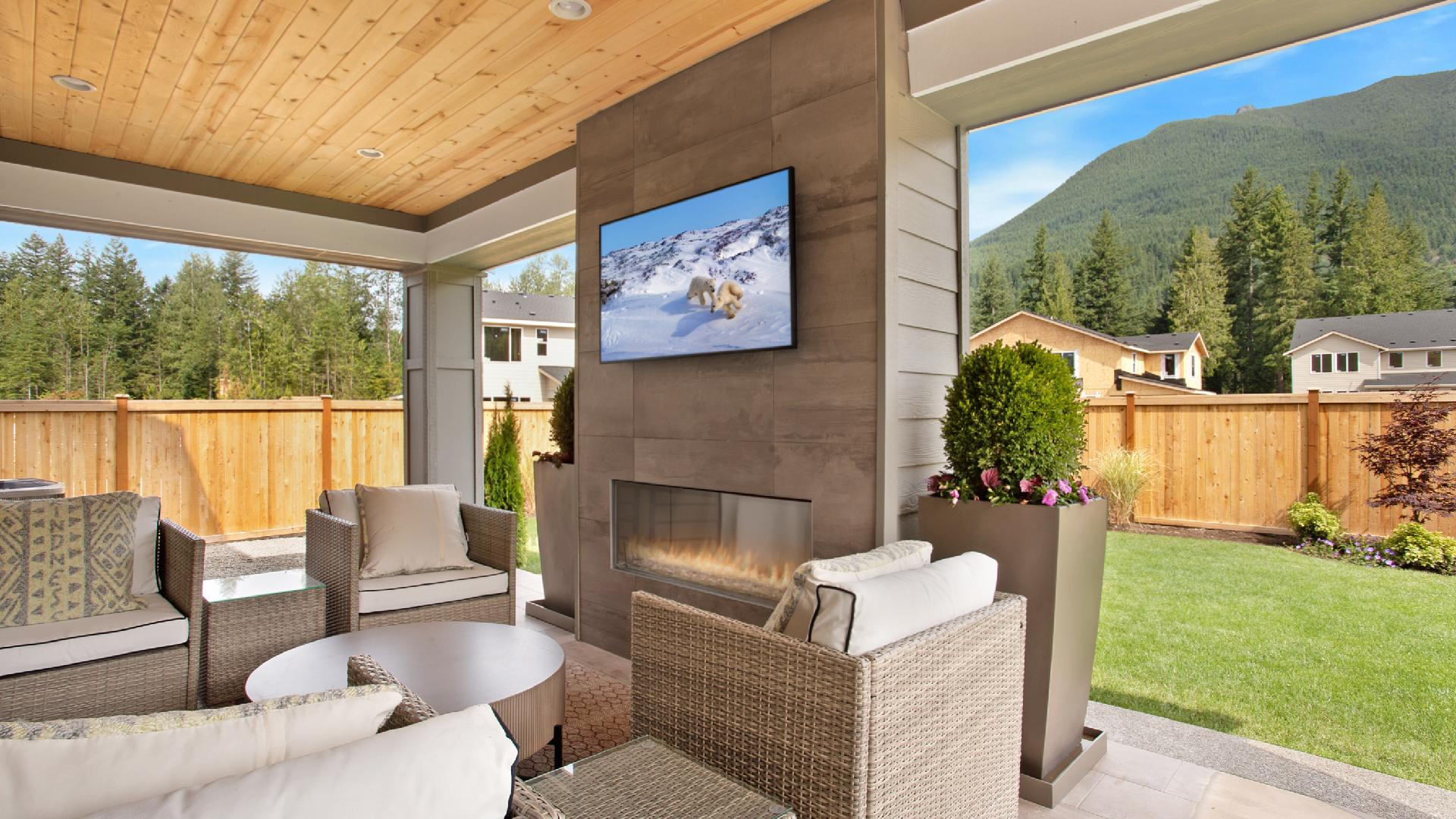 Select homes offer outdoor living options