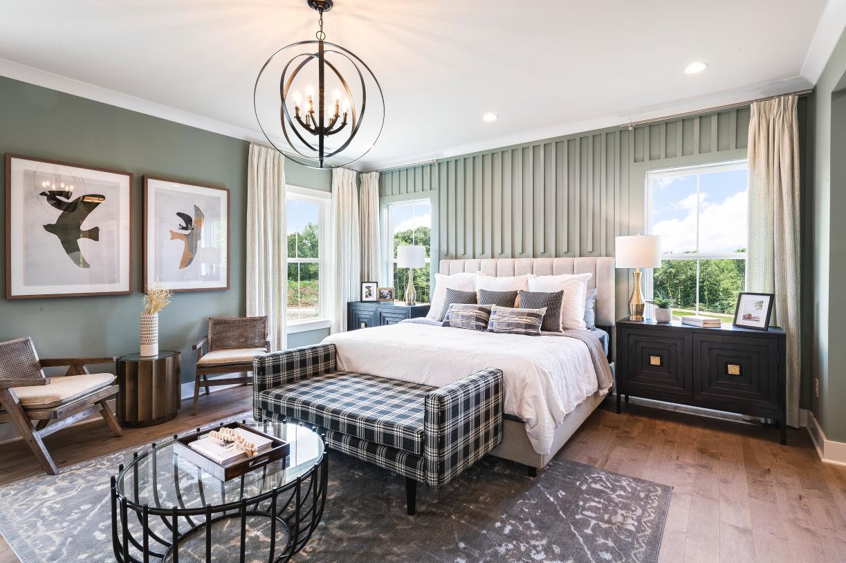 Luxurious primary bedroom