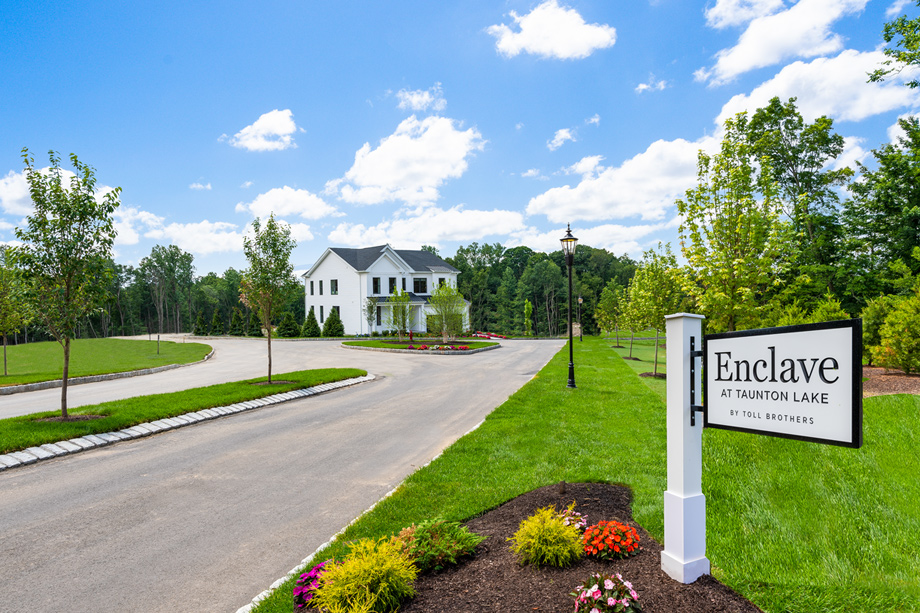 Toll Brothers - Enclave at Taunton Lake Photo