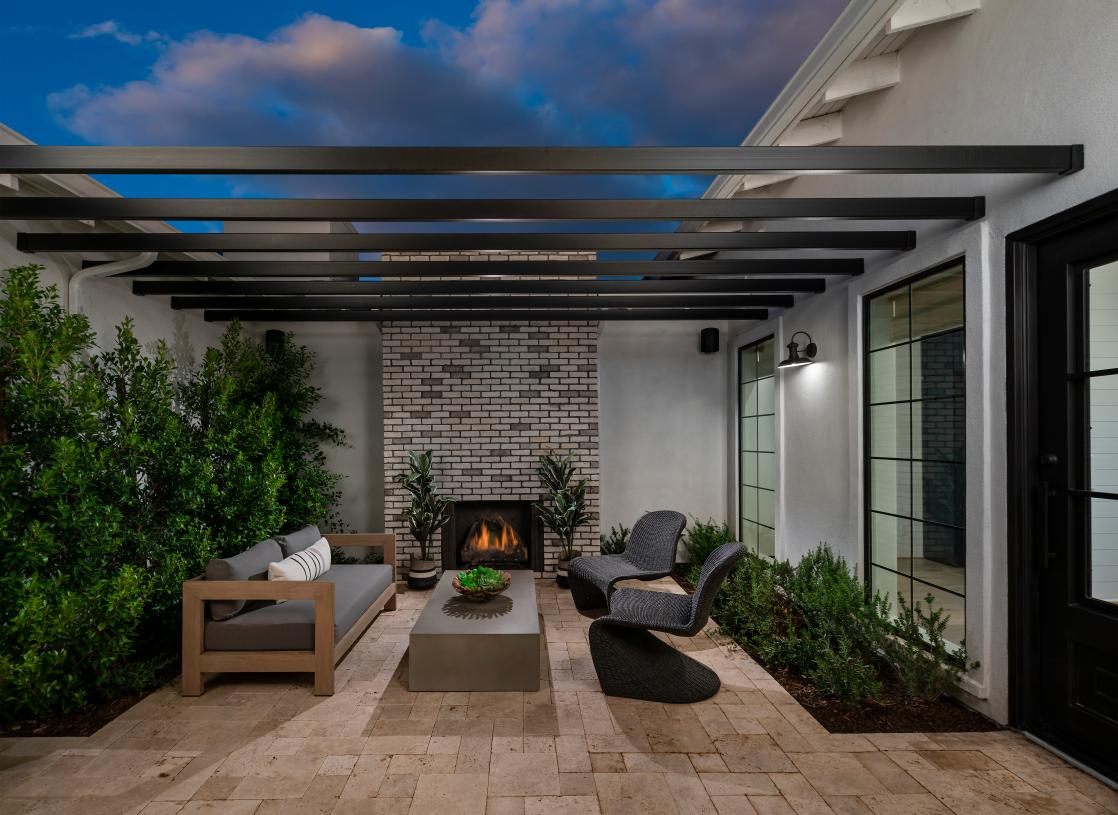 Beautiful courtyards for front yard living