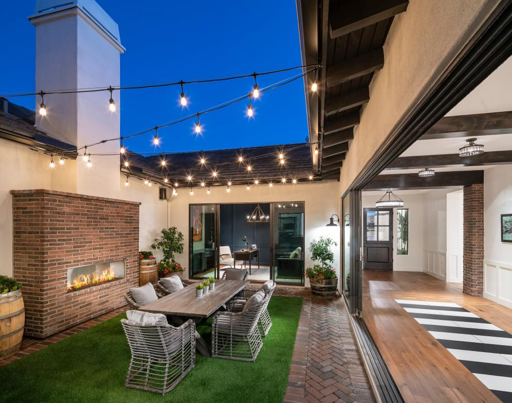 Beautiful courtyards for additional outdoor living and entertaining