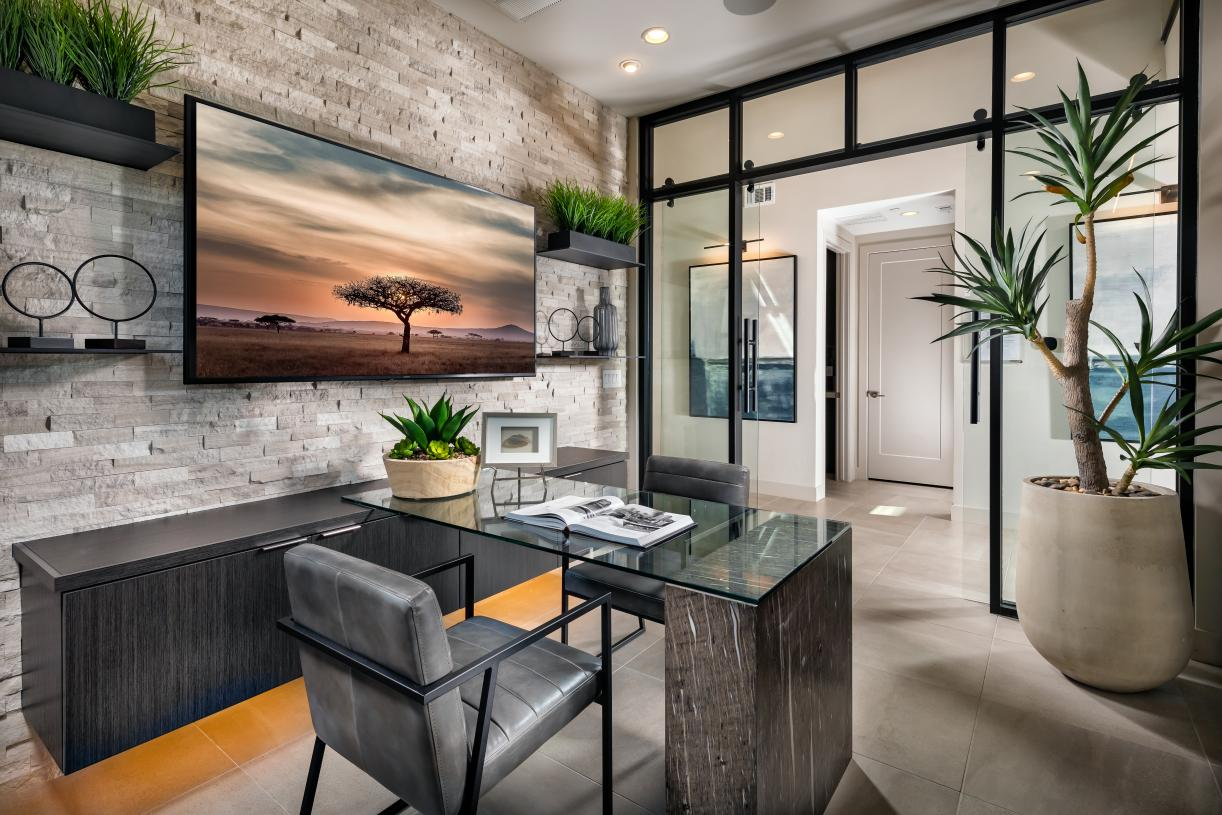 Versatile home office space