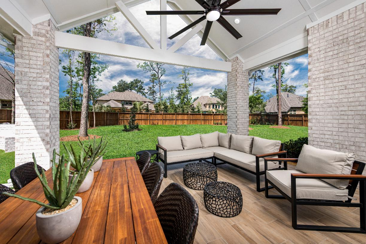Leighton's open cabana is perfect for outdoor entertaining