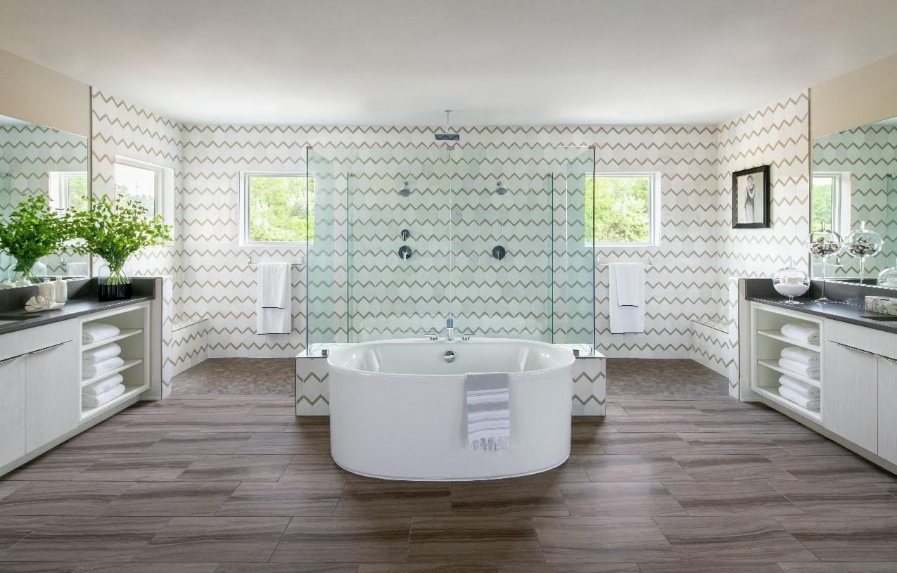 Deluxe primary bath