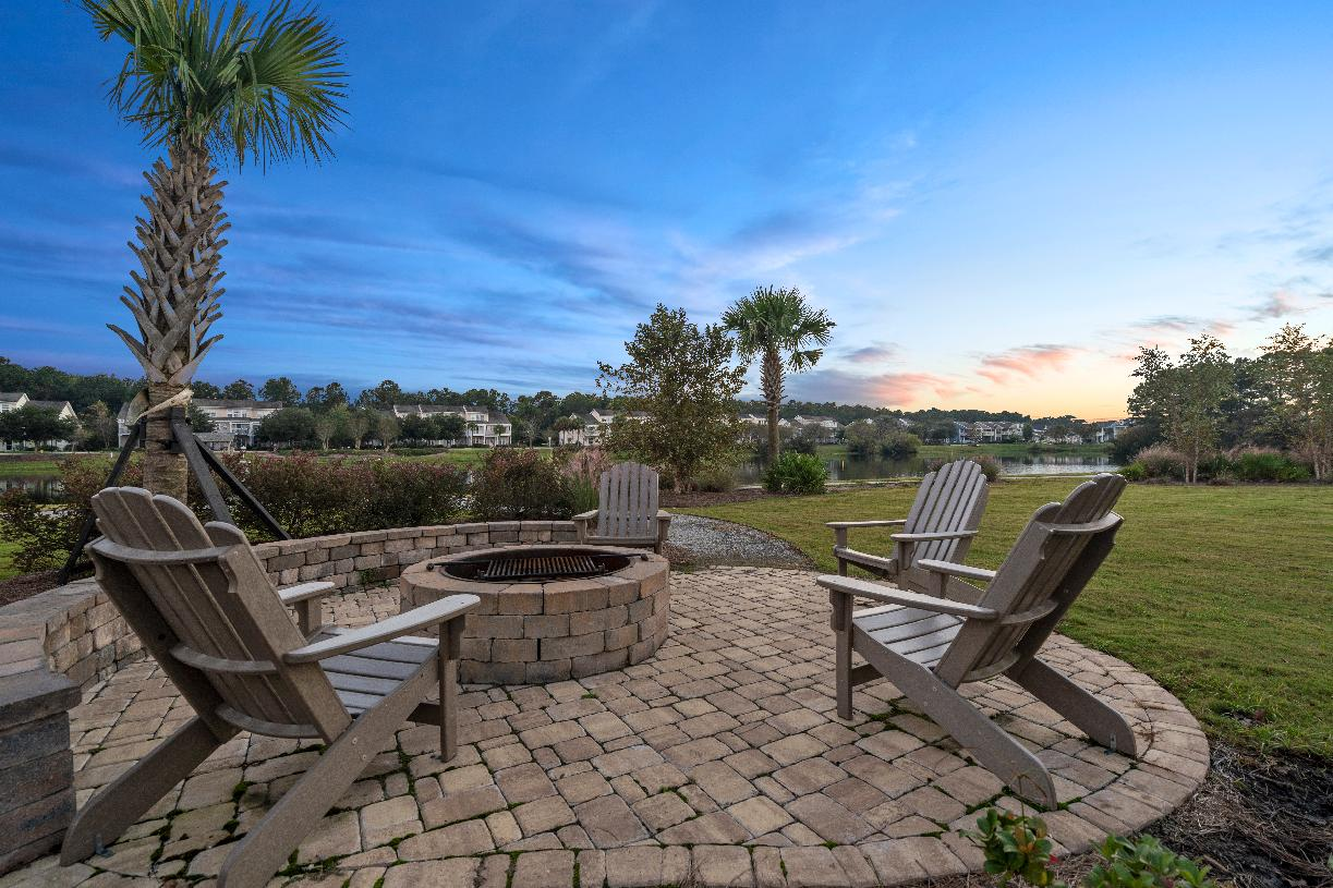 Johnston Pointe community outdoor fireplace