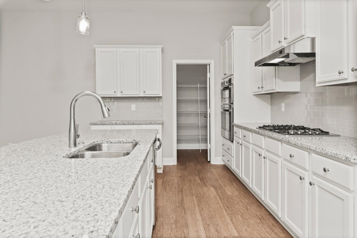 Beautiful kitchen designs with walk-in pantries