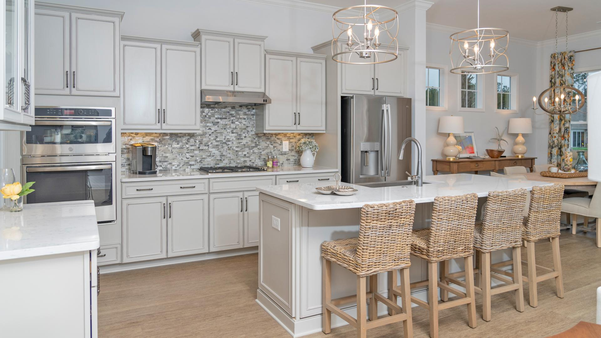 Well-equipped kitchens with ample countertop and cabinet space