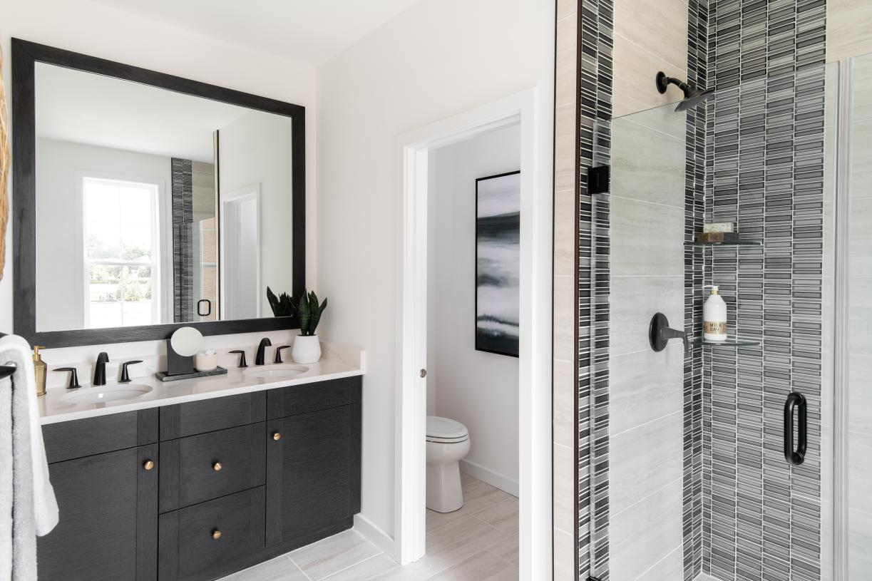 Elegant primary bath