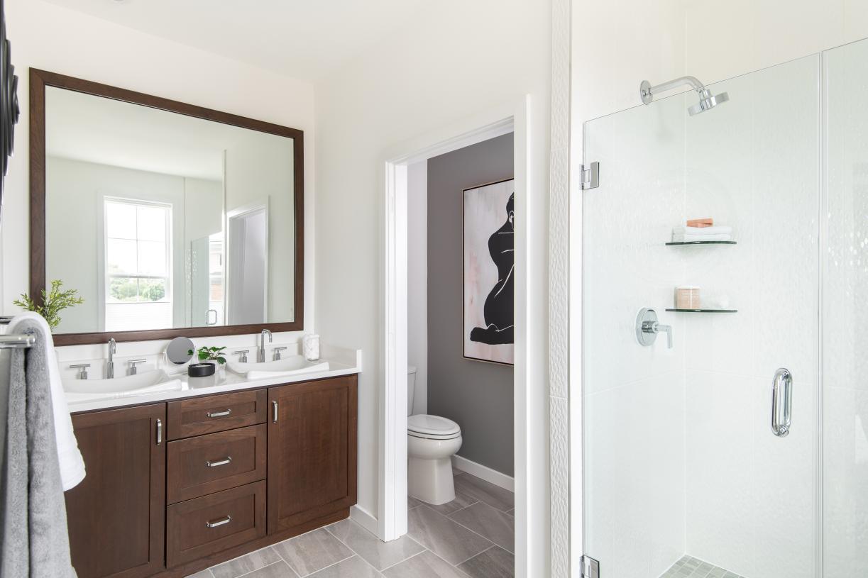 Luxe primary bath