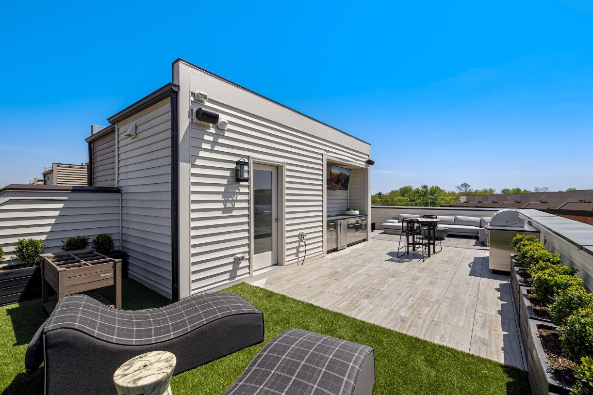 McCarren Rooftop Terrace