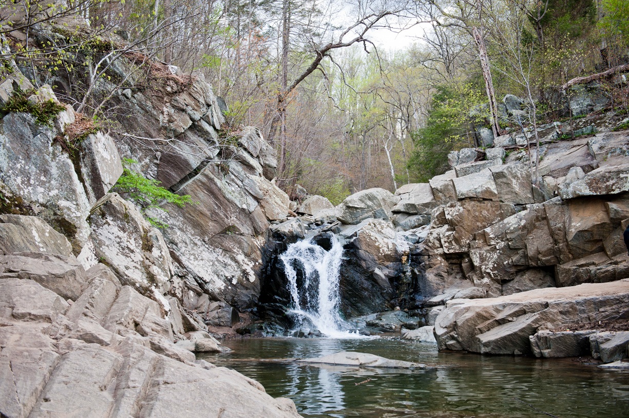 Discover over 15 miles of hiking trails at nearby Great Falls