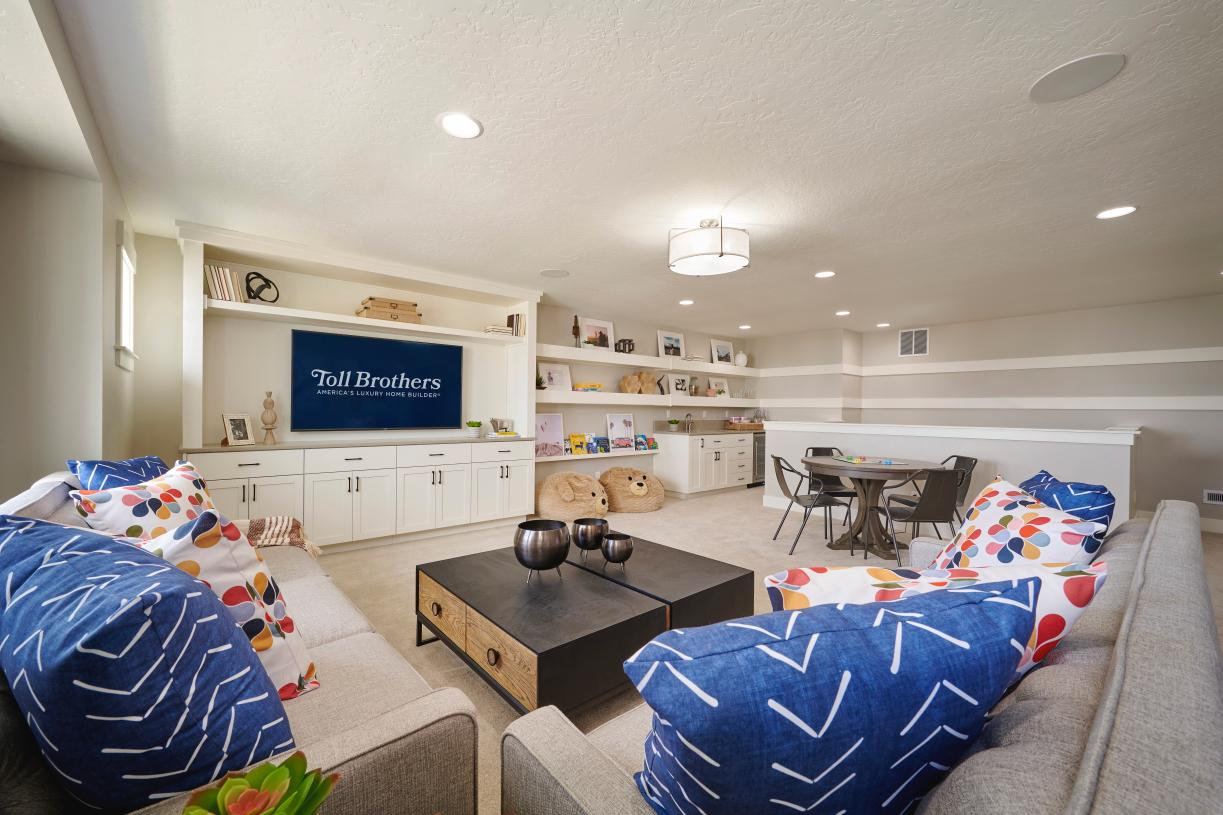 Upstairs flex room with wet bar