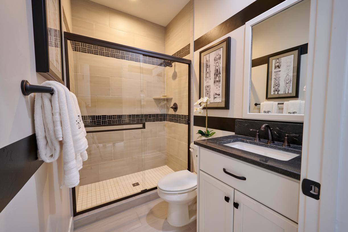 Secondary bathroom 2