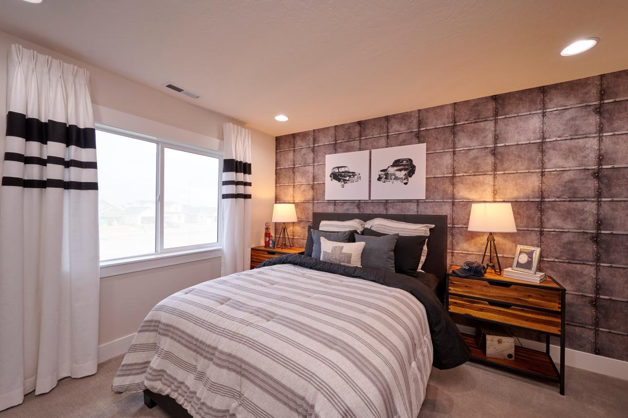 Secondary bedroom 4