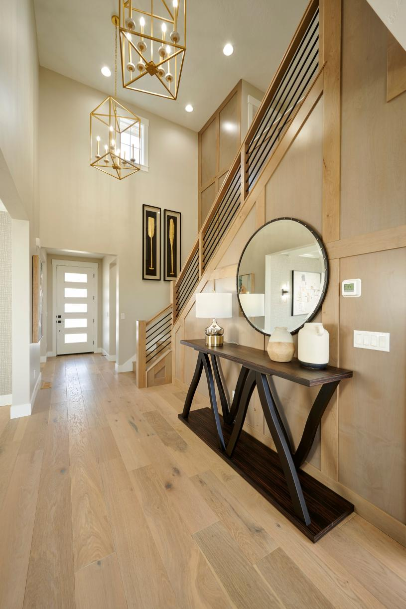 Beautiful foyer entry way