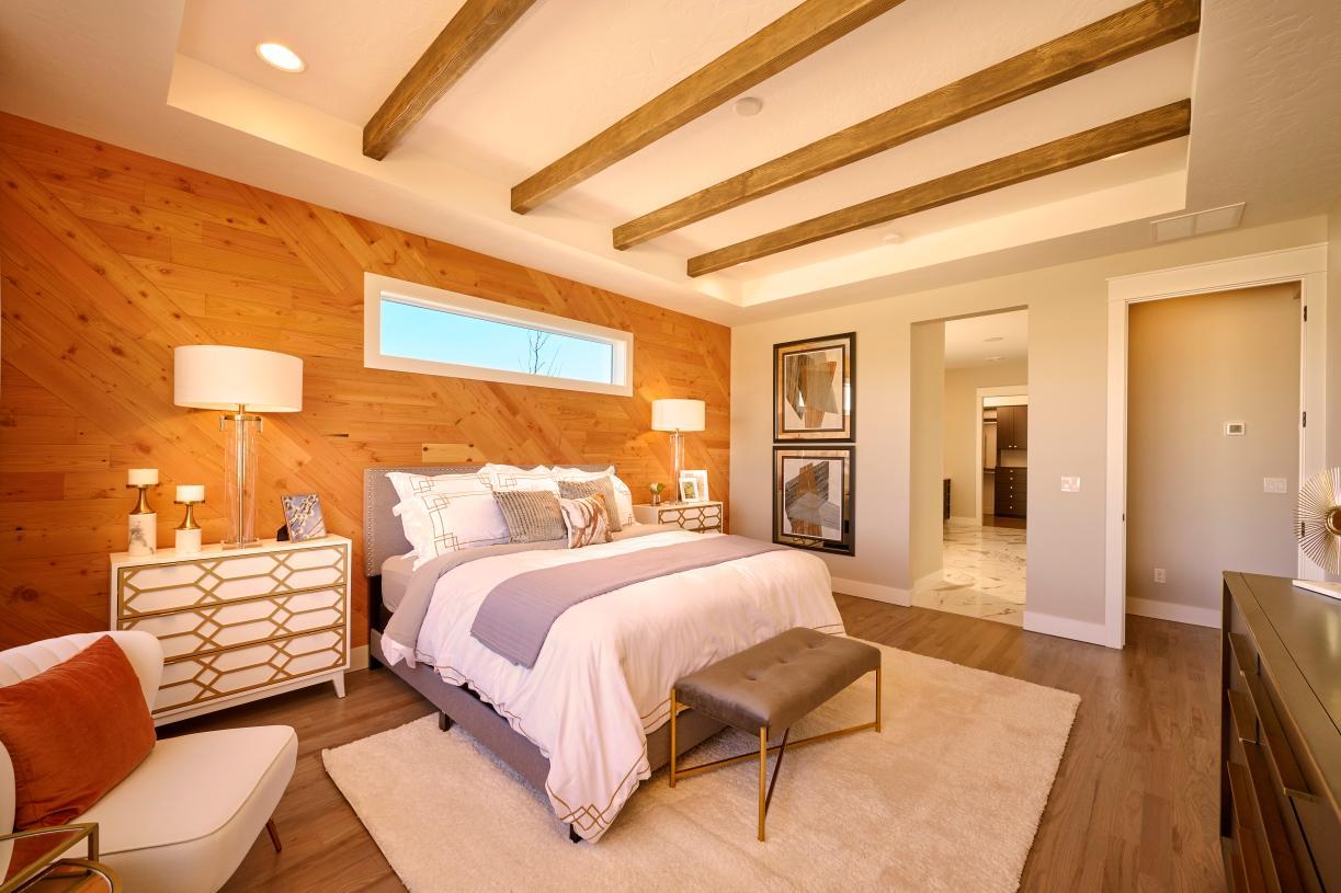 Luxury primary suite