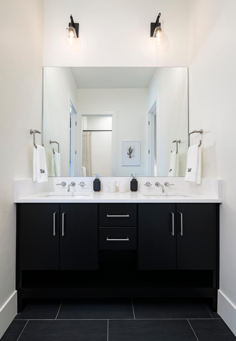 Beautiful secondary bathroom with ample countertop and cabinet space