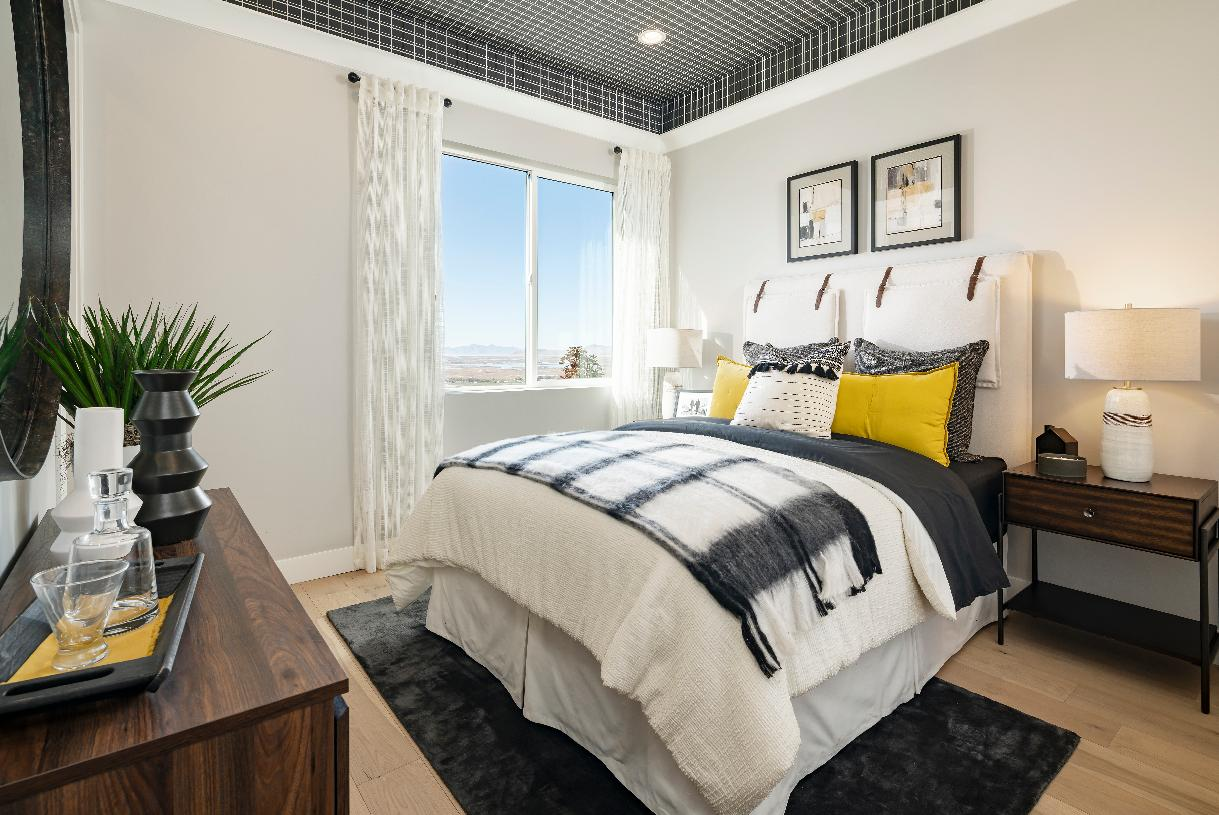 Spacious secondary bedroom for guest