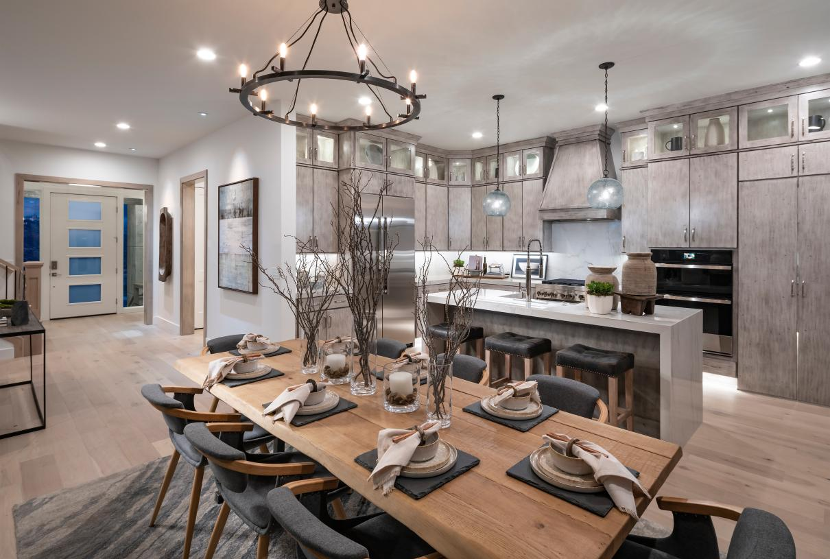 Gorgeous kitchen designs with ample cabinet space and an adjacent casual dining area