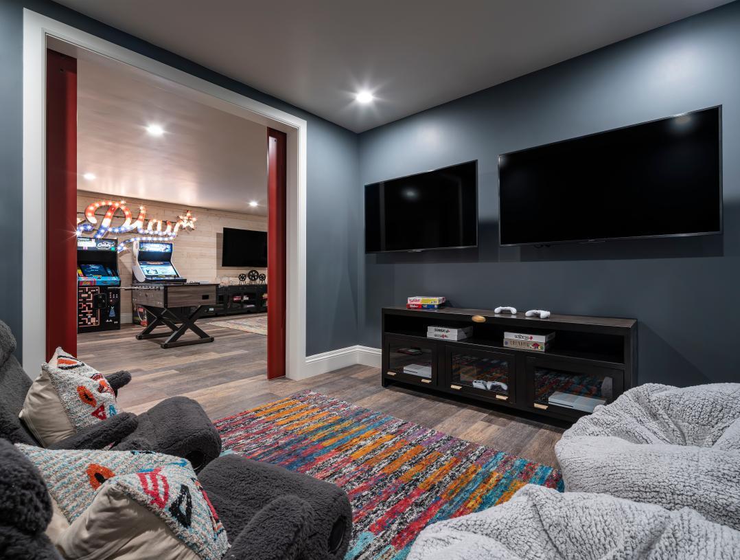 Versatile bonus rooms for additional media space