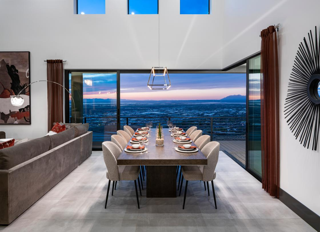 Large dining area with views of the stunning Salt Lakes beyond