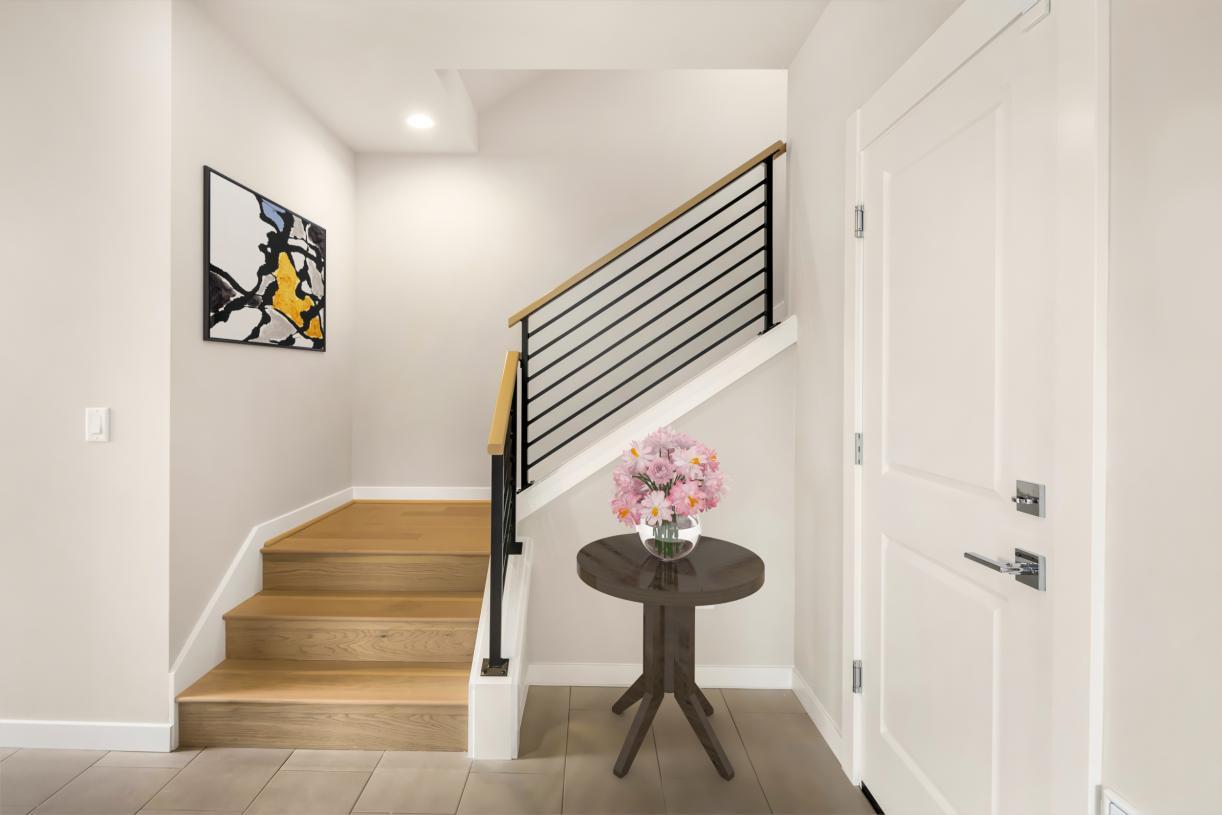 Spacious entry foyer