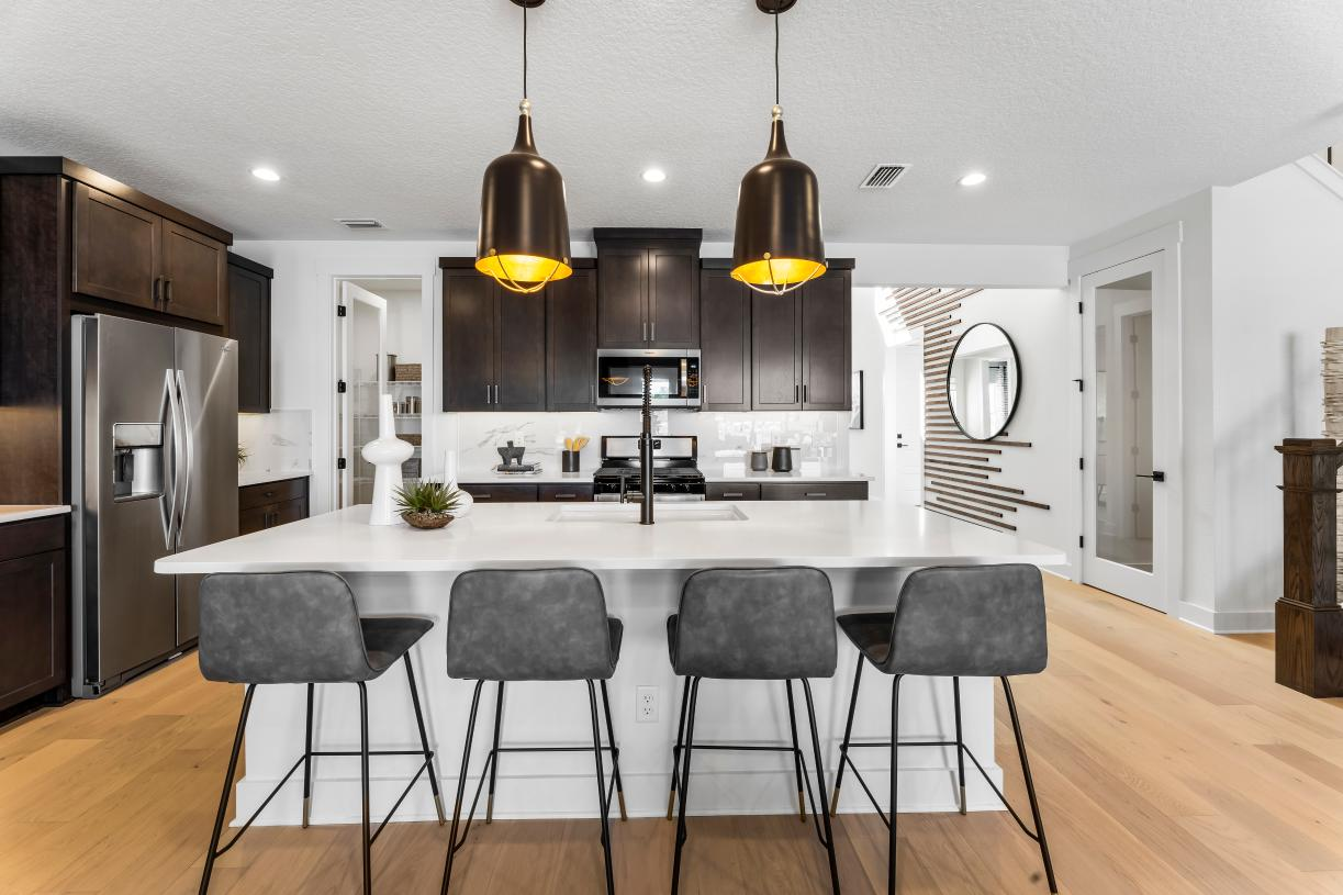 Personalize your kitchen island with beautiful quartz